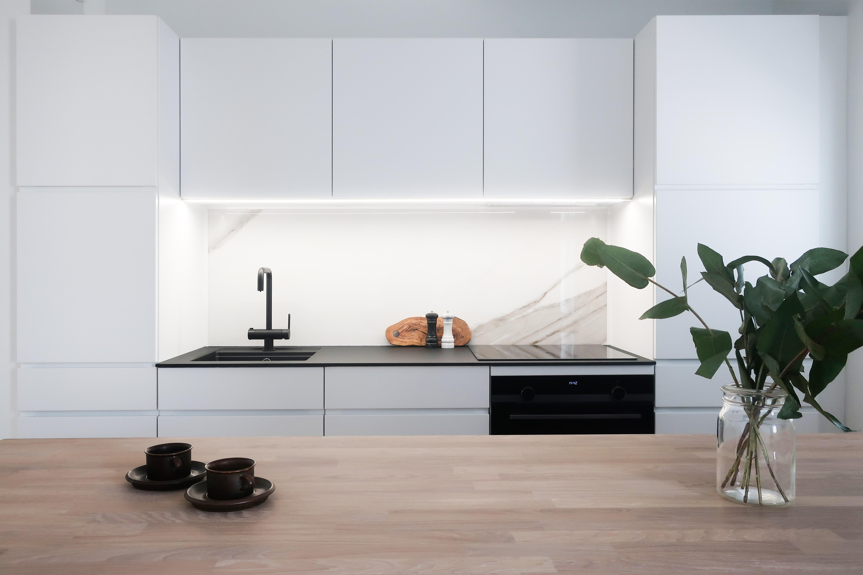 Kaksio keittiö, kvik, sisustussuunnittelu, remontin koordinointi