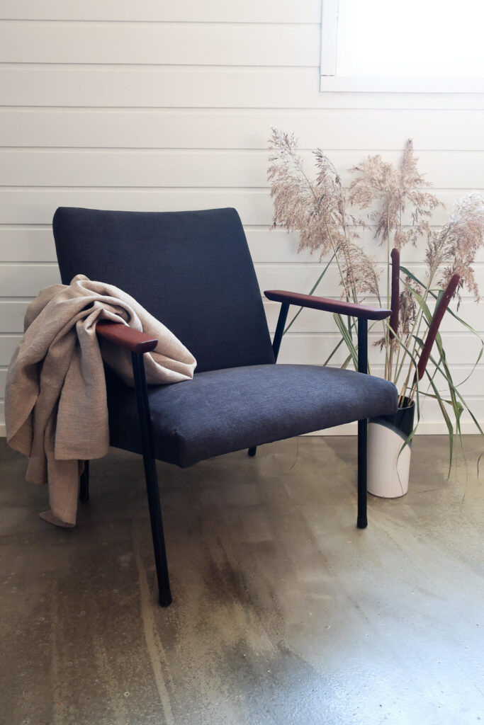 Huonekaluverhoilu kevätnojatuoli verhoilu