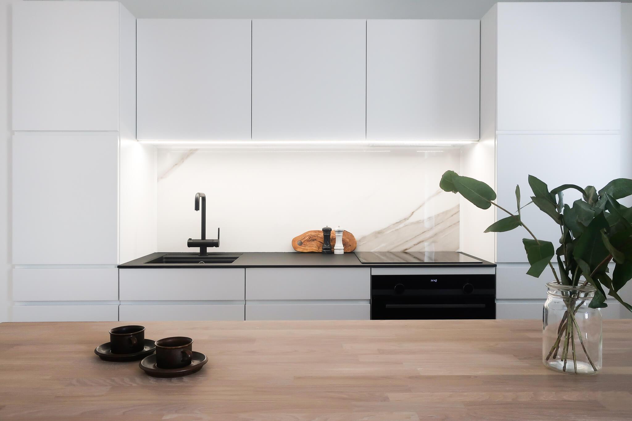 Kaksio kvik keittiö, sisustussuunnittelu portfolio, sisustussuunnittelija Turku